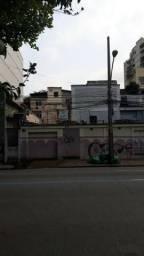 Vende-se prédio em Vila Isabel