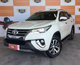 Toyota Hilux SW4 SRX 2.8 4X4 Automatica - 7 Lugares - 2017
