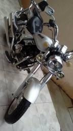 Moto MVK 200 - 2009