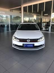 Volkswagen Jetta Confortline 17/17 -Extra