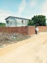 Casa em sítio duplex com 04 quartos água potável fruteiras