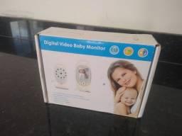 Babá eletrônica com vídeo