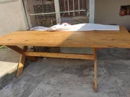 Título do anúncio: Mesa linda de madeira com 2 bancos