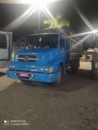 Caminhão boiadeiro 1214
