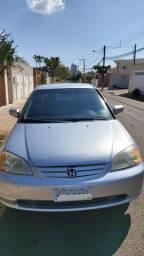 Honda Civic 2003 câmbio manual, completo Por 16 mil