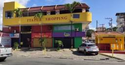 Título do anúncio: Itapuan shopping loja terrea de frente para rua