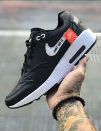 Vendo Tênis Nike Just ( 120 com entrega)