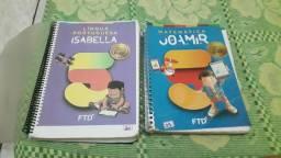 Livro de matemática e de português