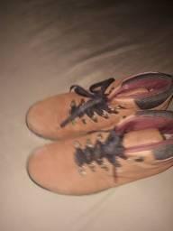 Título do anúncio: Vendo esta bota