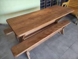 Título do anúncio: MESA C/ 2 BANCOS 2,00M madeira de CAMBARÁ MACIÇA, 100% DE 4CM DE EXPESSURA