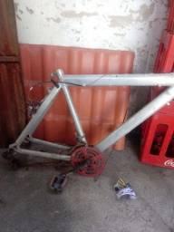 quadro aluminio de bicicleta
