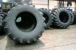 Vendo pneus agrícolas e para máquinas, consulte medidas e disponibilidade