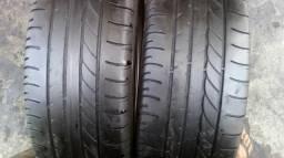 Dois pneus Goodyear