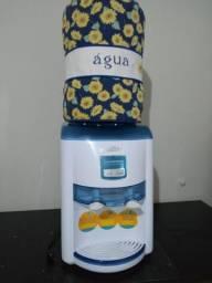 Bebedouro de Água Latina
