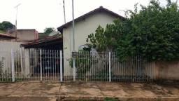 Vende-se Casa em Abaeté Ótima Localização