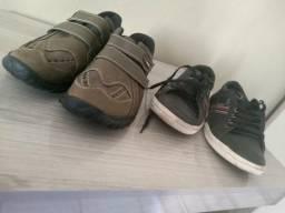 Vendo dois par de sapatos