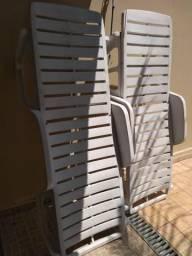Cadeiras de piscina