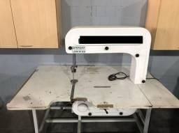 Máquina Serra fita para tecidos