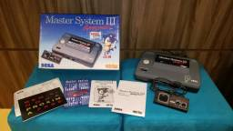 Vídeo Game Master System III - console