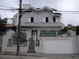 Casa no Estreito de 4 dormitórios s/1 suite - Florianópolis