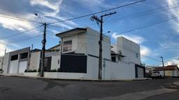 Casa com 4 dormitórios à venda por R$ 850.000,00 - Condomínio Mont Serrat I - Teixeira de