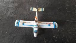 Avião híbrido