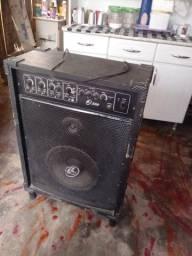 Vende se essa caixa de som amplifica top