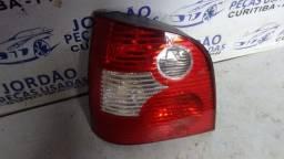 Lanterna esquerda VW polo 2003/2006.