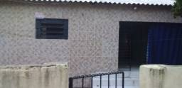 Título do anúncio: Ótima Casa no Jordão Alto 10x20- próxima à praça