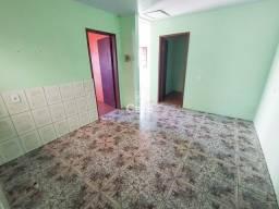 Casa, 2 Dormitórios, 1 Banheiro, 1 Vaga, Pátio, Churrasqueira, Lorenzi