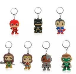 Chaveiros/ miniatura dos personagens da Liga da Justiça