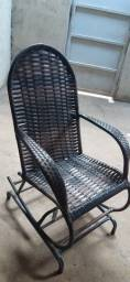Título do anúncio: Cadeira de balanço semi nova