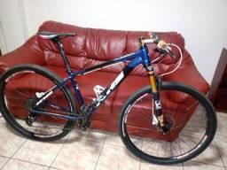 Bicicleta KHS Tucson Aro 29 Susp. Ar e Óleo (aceito troca em speed)