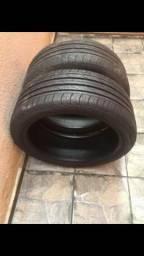 Par de pneus aro 18 225/40