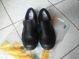 Sapato Protetor (Bico Duro) NOVO n°40