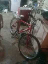 Vendo ou troco Bike Caloi Aro 26