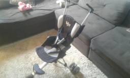 Carrinho de passeio para bebé