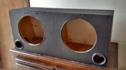Caixa de som usada pra 2 de 12 polegadas