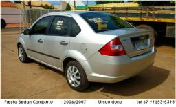 Ford Fiesta Sedan 1.6 Flex - Completo - Único dono - Prata - 2006/07 - 2006