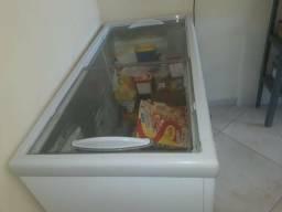Vende-se Um Freezer Esmaltec