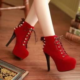 Botas e Sapatos Femininos e Masculinos importados