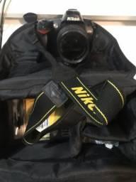 Máquina fotográfica Nikon D70-S