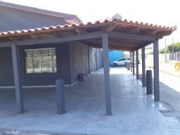 Prédio comercial- Centro de Cidreira - 230m2. Três vagas de garagem mais estacionamento