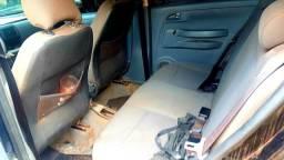 Venda de carro fox - 2005