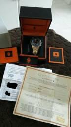 Relógio em cristal de zafira