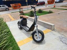 Moto Elétrica / Scooter Elétrica - Modelo Holiday