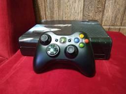 Xbox 360 vendo ou troco por ps vita