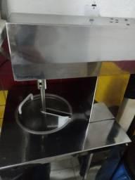 Maquina de sorvete e liquidificador