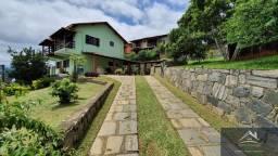 Excelente casa no Centro de Miguel Pereira com 3 quartos, piscina e 259 m² construção!