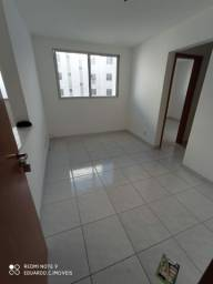 Alugo apartamento de 02 quartos no Jardim dos Ipês